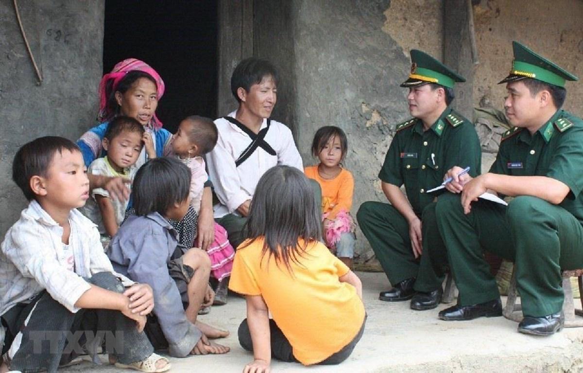 Người lính quân hàm xanh tạo dựng thế trận lòng dânquot nơi biên cương