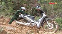 Bộ đội biên phòng Kon Tum khắc phục khó khăn bám chốt chống dịch